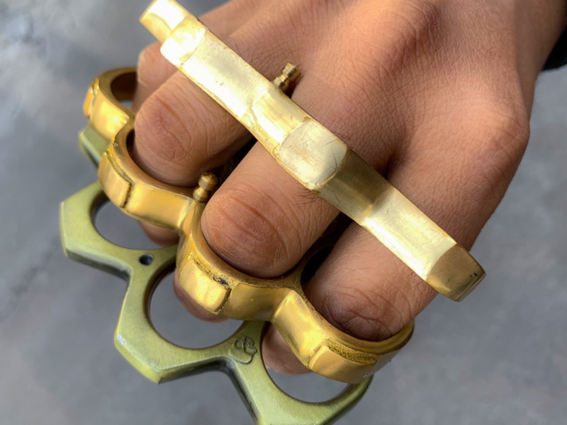 How to Properly Defend Yourself with Brass Knuckles ...